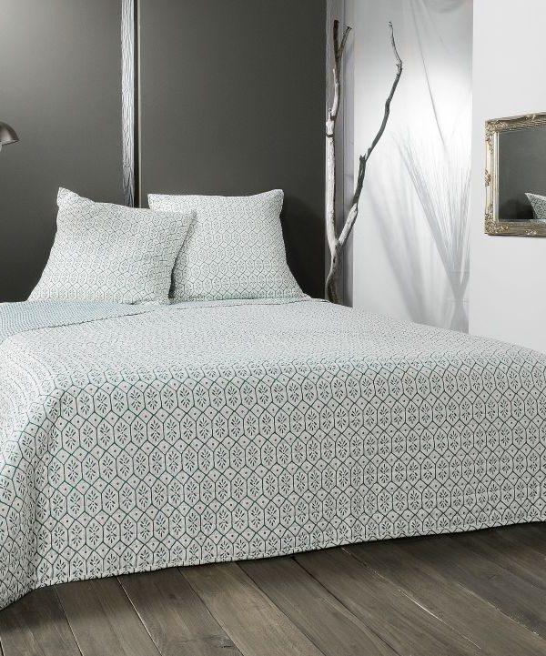 Cuvertura pat moderna alb verde 5089 Faro 230x250 cm