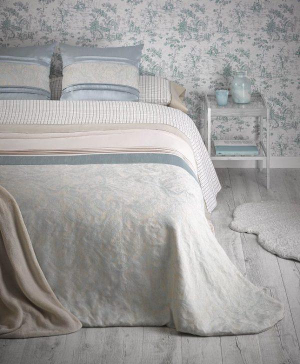 Cuvertura pat turcoaz clasica Linda 7777 220x260 cm