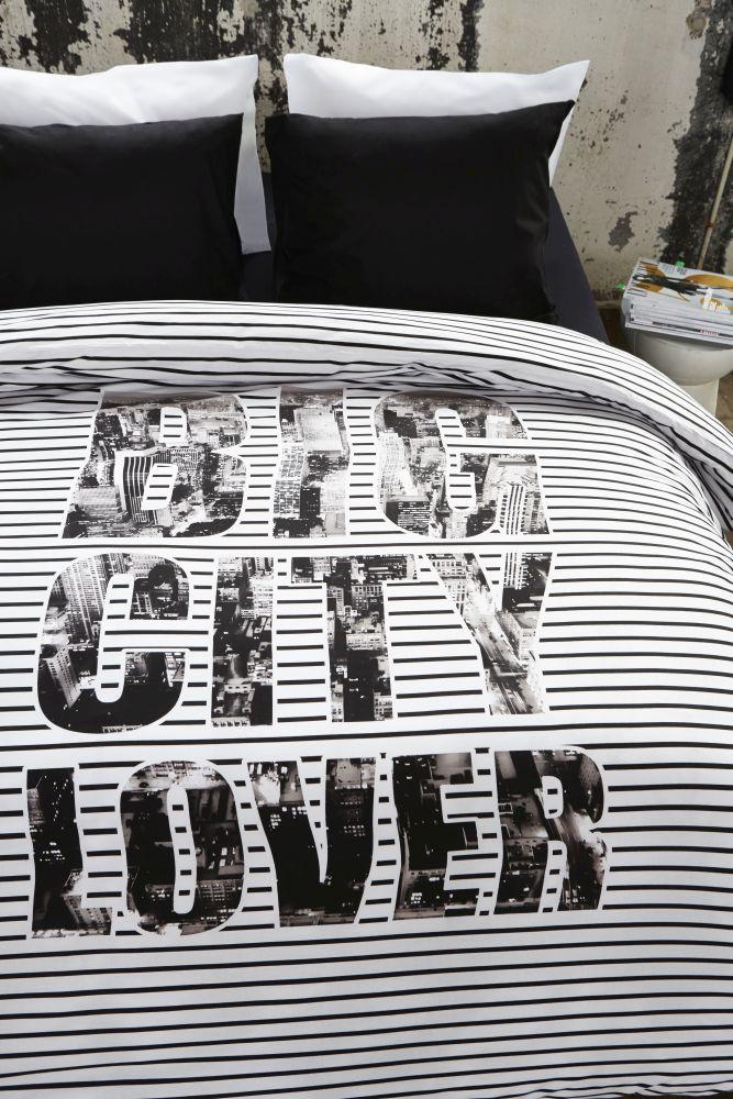 Lenjerie pat adolescenti Big City Lover 200x200/220 cm