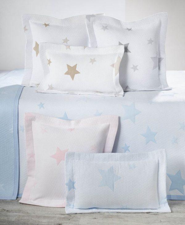 cuverturi pat copii stelute colorate Stella