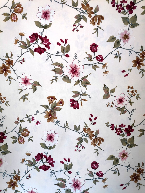 draperie bej clasica flori albe Fontaine