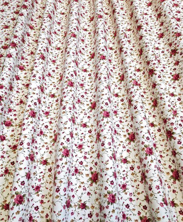 draperie bej floricele rosii Rococo